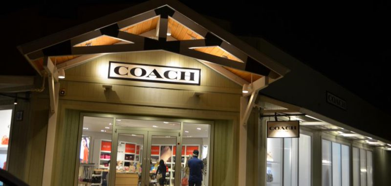 outlets-of-maui_night_077